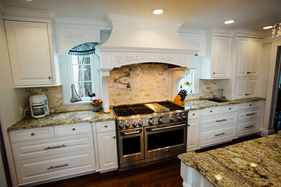 Elite Designs International - Custom Cabinetry & Millwork, specializing in kitchen cabinetry, bath vanities, dens, home office, commercial trim millwork and more. Elite Designs International serves the Buffalo & Western New York area including, Fredonia, Williamsville, Lockport, Hamburg, Orchard Park, Lancaster, Tonawanda, & more!